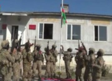 Azerbaijani flag raised up in center of liberated from occupation Fuzuli city (VIDEO)